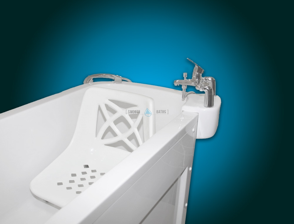 SENSATION - assisted slide-in bath with movable seat [mixer tap side view]