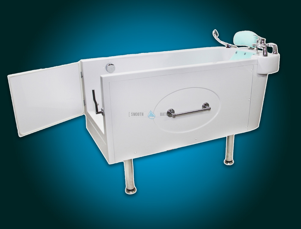 SENSATION - assisted slide-in bath with movable seat [side view]