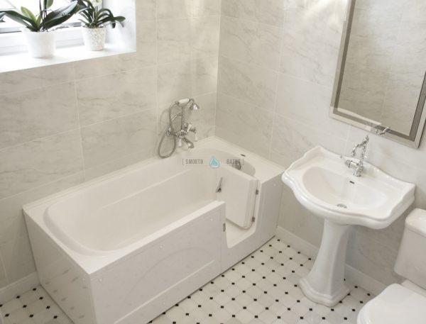 IMPRESSION - walk-in tub for multigenerational family [our customer bathroom view]