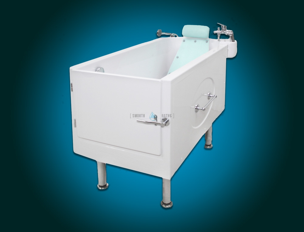 SENSATION PLUS - assisted bath with movable seat or backrest [corner view]