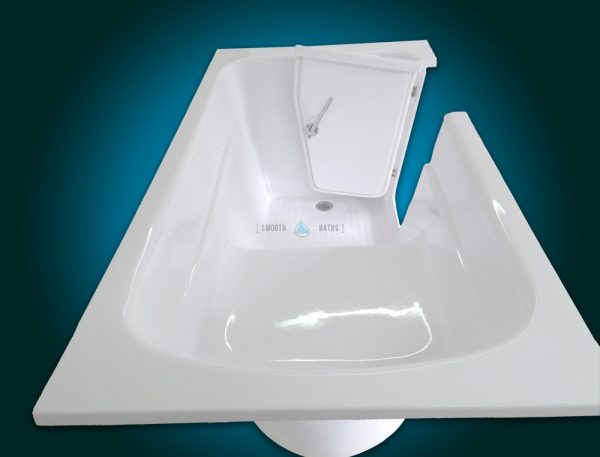 MODERN - small freestanding walk-in bath with seat [side view with seat]