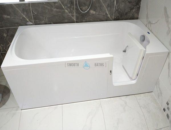 IMPRESSION - full length walk-in bathtub on display in Dublin showroom
