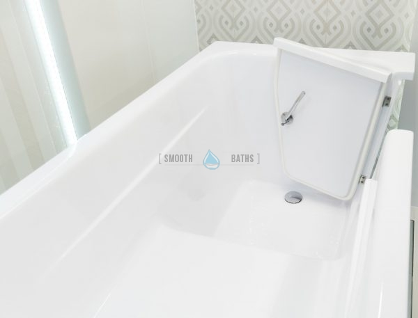 MODERN - walk in bathtub with built in seat for your bathroom [inside view]