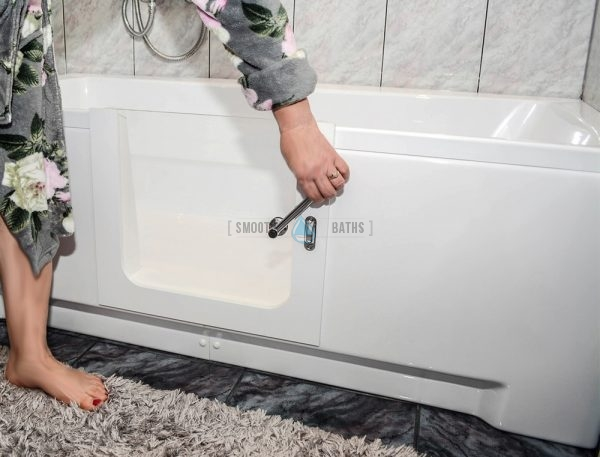 PERFECTION - walk-in bathtub with sefely locking mechanism for glass door [available online from SMOOTH BATHS]